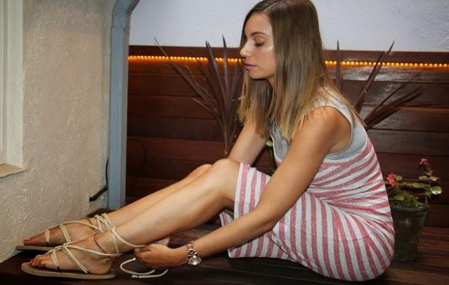 Pies de chicas-Norma Ruiz