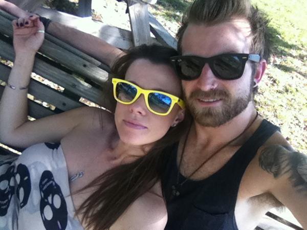 Foto  Jeremy e Kathryn Camsey     Paramore Updates    Portal de