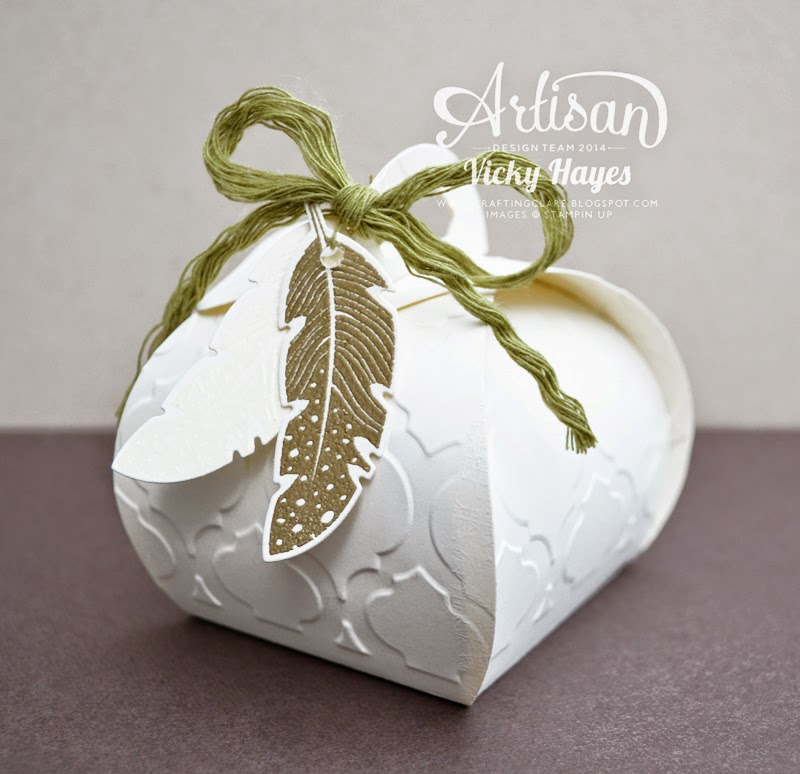 UK Stampin Up demonstrator Vicky Hayes shows the Curvy Keepsake Box with embossing - perfect for wedding favours, anniversary and birthday gifts, special packaging - available to buy online now