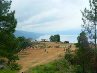 Bukit Aua Sarumpun, Sisi Lain Panorama Danau Singkarak