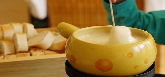 أسهل طريقه لتحضير الجبن الرومي في المنزل بسهولة لكل الناس