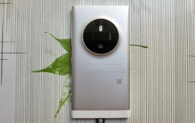 Nokia Lumia 1030, Microsoft Lumia 1030