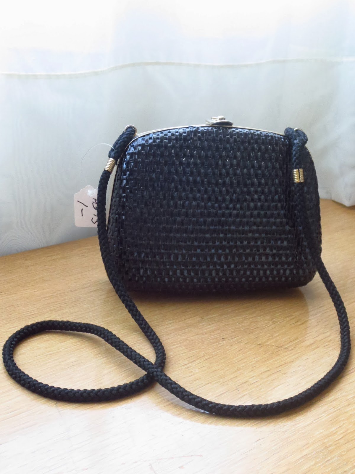 vintage italian straw purse via Brentwood Lane