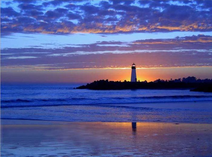 Most amazing lighthouses around world for Most beautiful lighthouses in the us