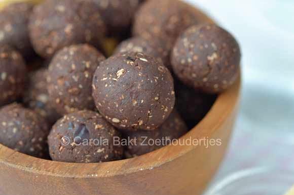 Loveshock superfood chocoladeballetjes maken
