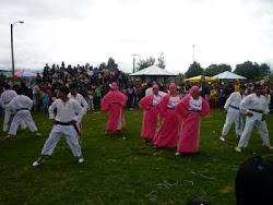 """El  Grupo de Danza Don Bosco en la Feria Educativa """"el buen vivir en el centro don bosco"""""""