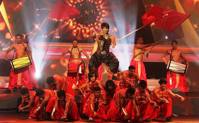 Sushant Singh Rajput's Performance at the IIFA Awards, 2013