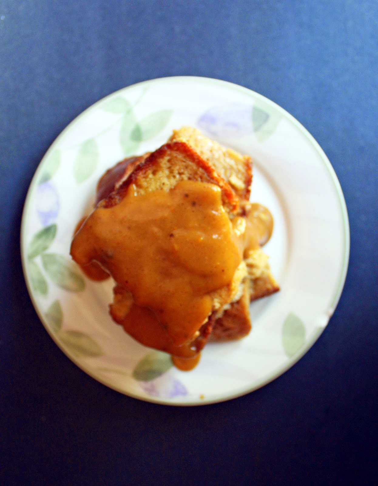 vegan pumpkin french toast stuffed with pumpkin pie filling