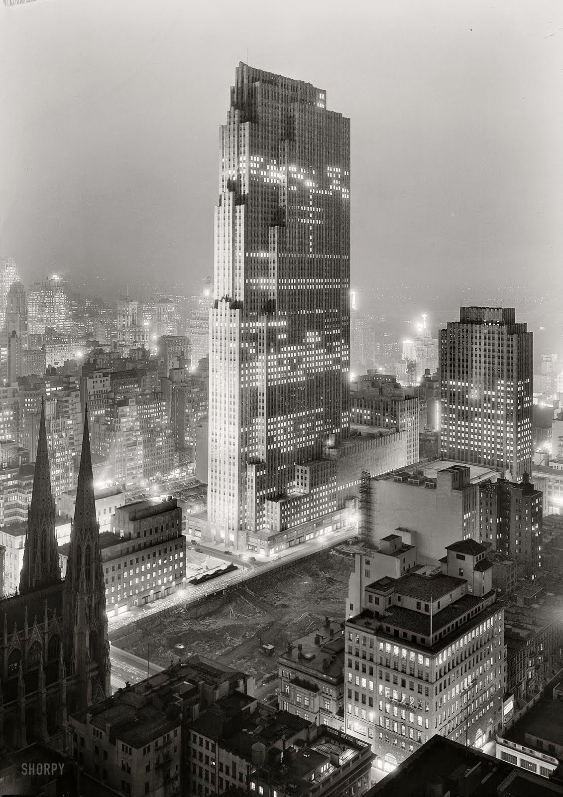 Title page photograph samuel h gottscho s from river house cloud -  Rockefeller Plaza At Night