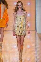 ултра къса рокля Versace