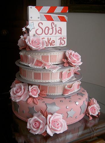 15 anos bolos decorados bolos lindos para arrasar na sua festa thecheapjerseys Choice Image