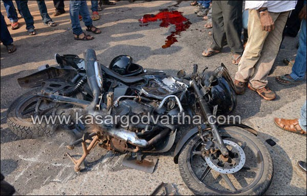 Man, died, Accident, Mangalore, Bus, Bike, Obituary, National, Bus rams into bike at Mallikatta, one dead, another critical