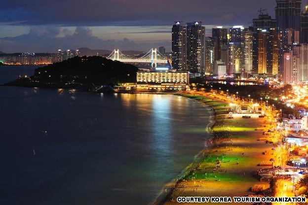 Haeundae Beach (해운대 해수욕장)