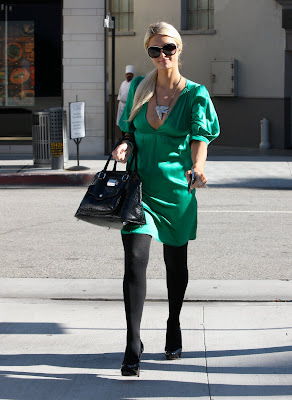 Paris Hilton Busty Candids