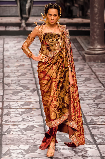 Suneet Varma Couture India Bridal Fashion Week 2013 The Golden Bracelet Sonalika Sahay