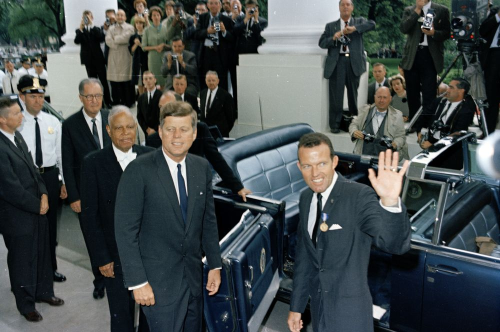 JFK with astronaut Gordon Cooper 5/21/63