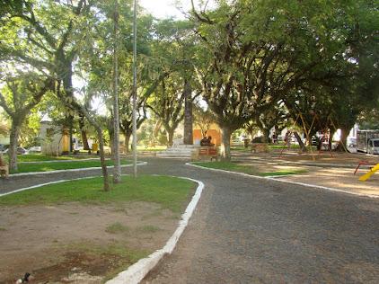 PRAÇA SYLVIO LUIZ