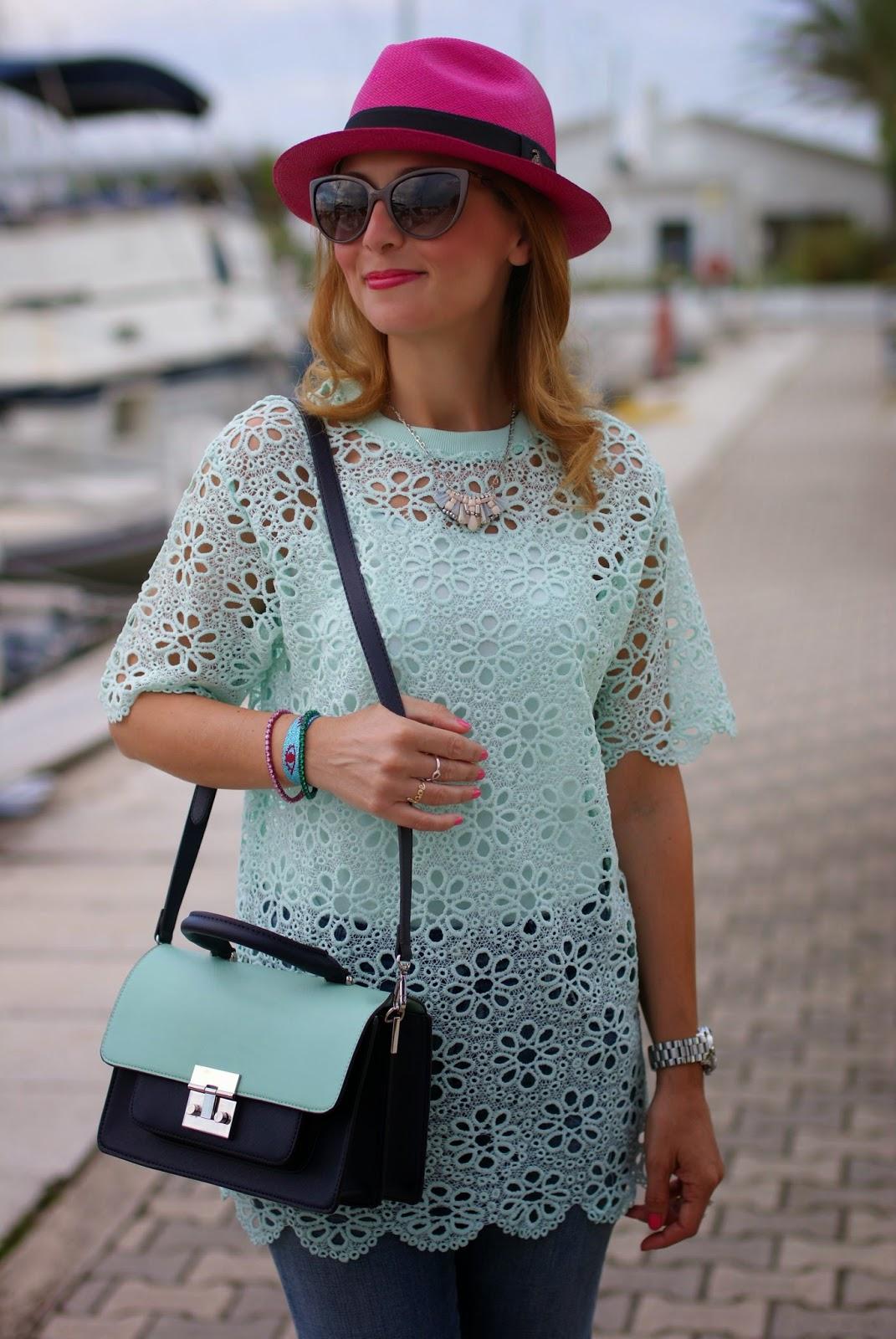 mint green crochet top, ecua-andino fuchsia hat, Fashion and Cookies, fashion blogger