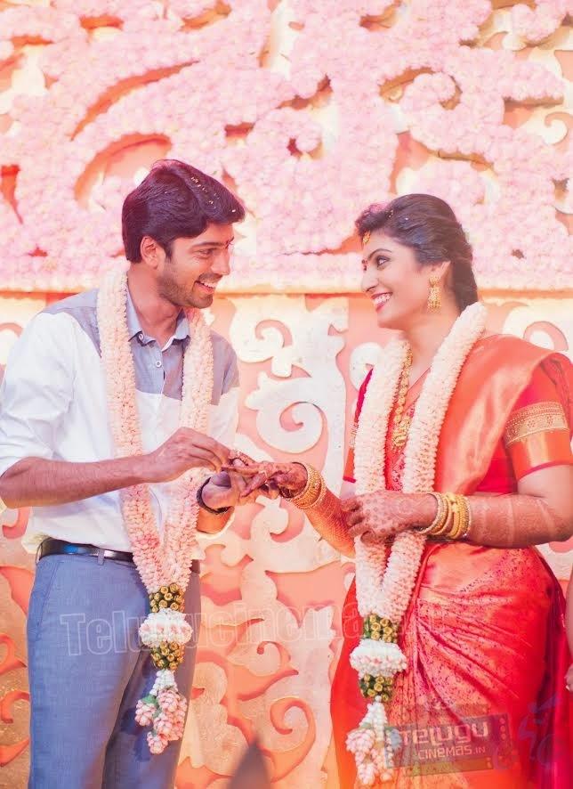 Allari Naresh and Viroopa Enagemen Photos