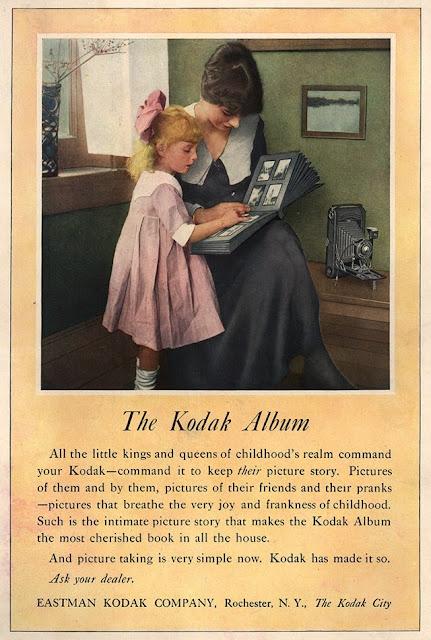 Винтажная реклама фотоаппарата Brownie фирмы Kodak (1910-е)