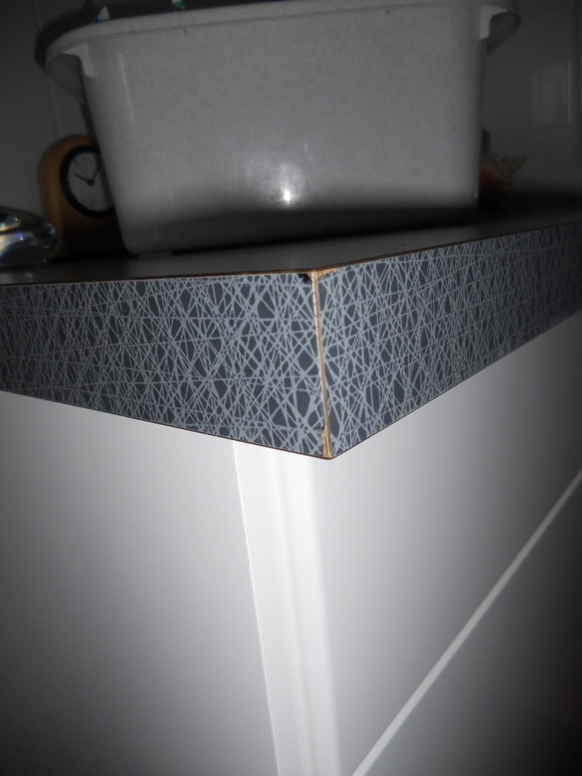Byte av bänkskiva i badrum och tvättstuga efter besiktningen ...