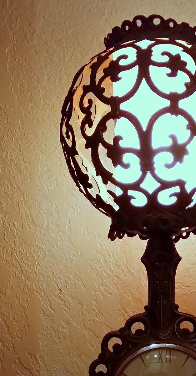 Antique Art Deco United Clock Corp. Table Lamp Clock ...