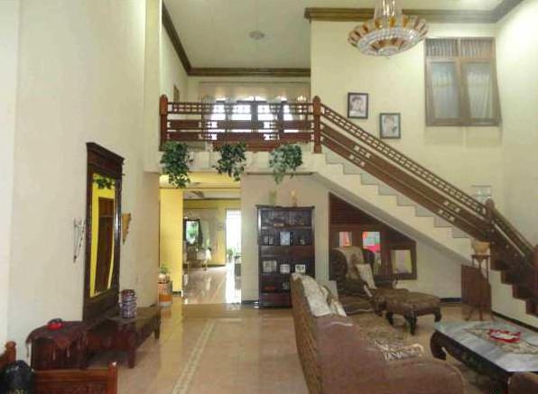 desain rumah 2 lantai yang asri di kejaksan cirebon