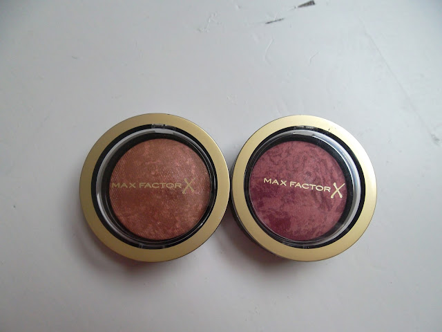 http://www.verodoesthis.be/2015/06/julie-max-factor-creme-puff-blush.html