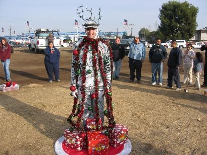 The human christmas tree decoration contest