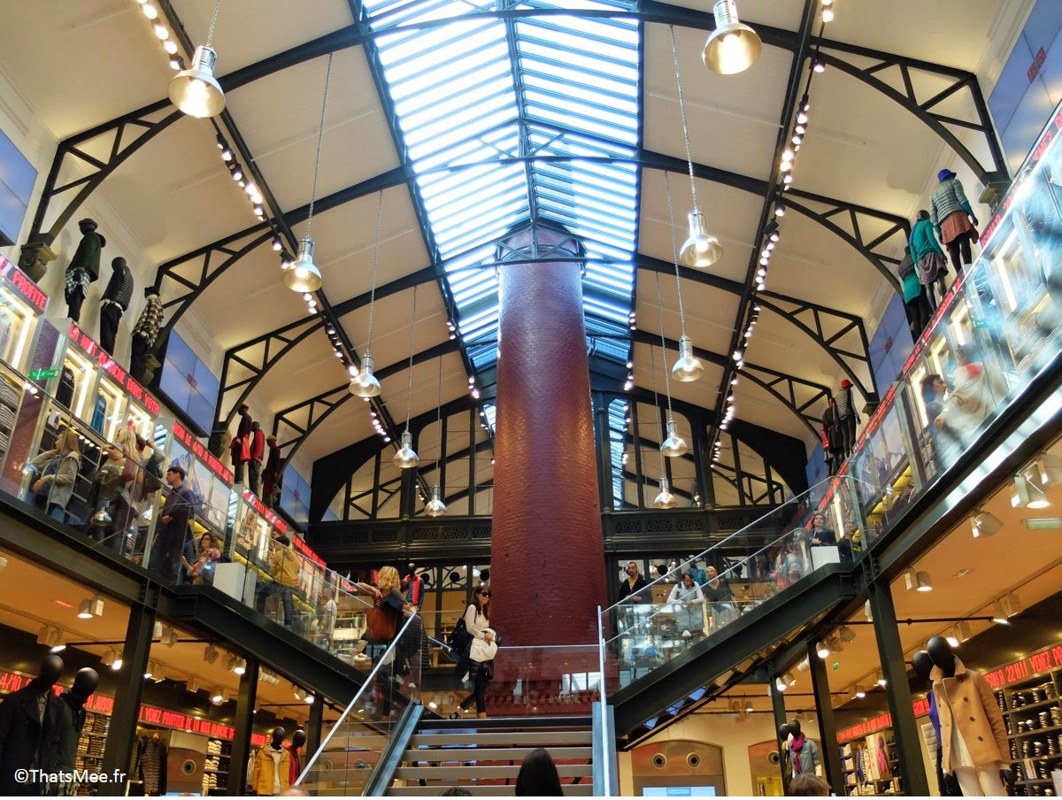 Flagship  store magasin Uniqlo Marais, Usine de la Société des Cendres déco industrielle New-York Soho verriere