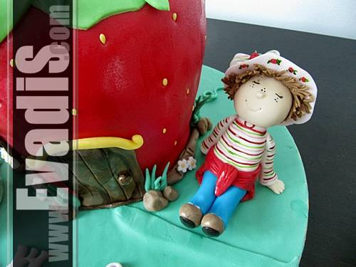 Picture of Strawberry Shortcake Character