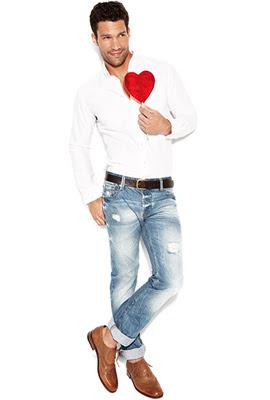 jeans desgastados para hombre