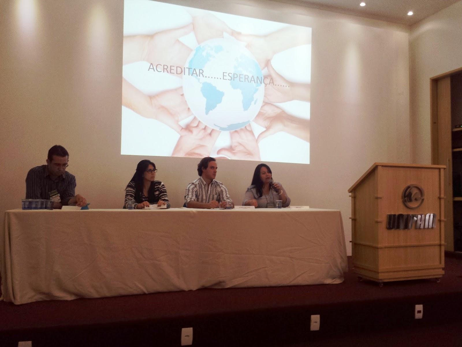 Sócios do Instituto Crescer participam de Congresso do Curso de Medicina UNIPAM 9