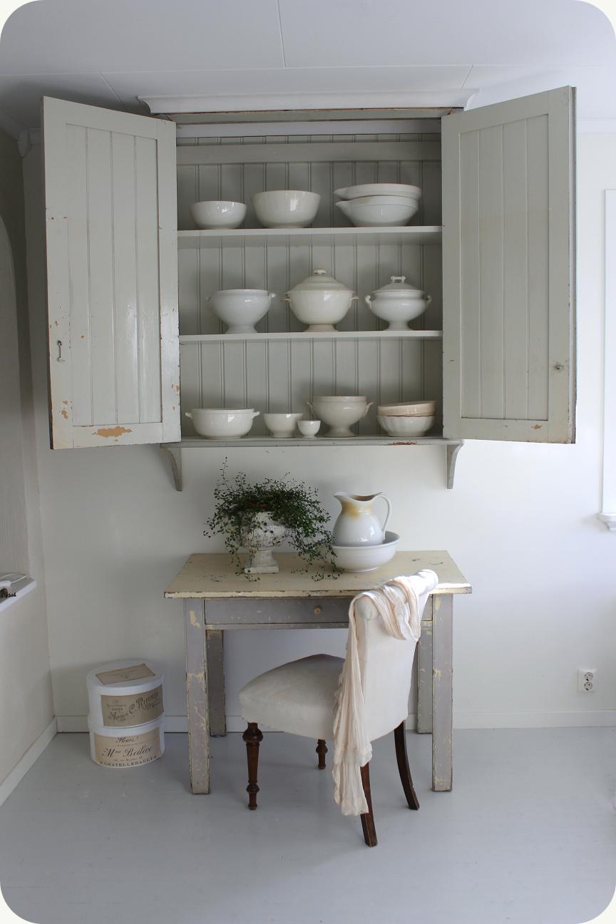 Vita Koksskap : LILLA BLANKA Koksskop ~ Kitchen cupboard