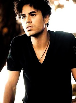 Enrique Iglesias Photos 2011