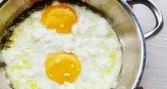 Yağda yumurta pişirme Tarifi