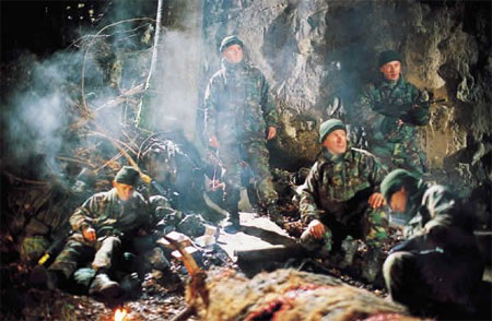 Dubo's Den: Dog Soldiers