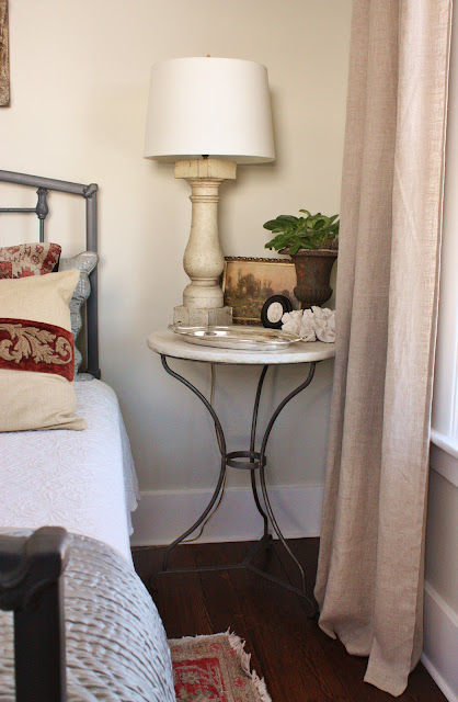 for the love of a house: the North guest bedroom: details