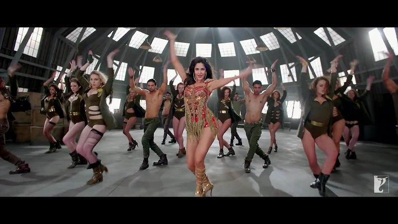 Katrina Kaif in high heels, Katrina Kaif sexy legs in dhoom 3, Katrina Kaif hottest in red dress