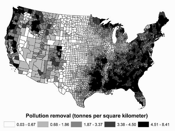 This map shows trees' estimated removal of four key air pollutants (nitrogen dioxide, ozone, sulfur dioxide, and particulate matter with a diameter less than 2.5 microns) in each county in the contiguous U.S. in 2010. (Credit: USDA/Environmental Pollution) Click to enlarge.