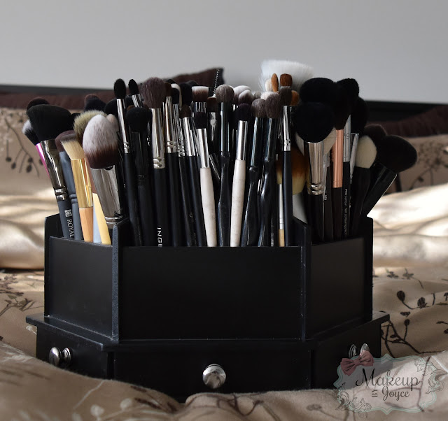 Black Wood Brush Holder