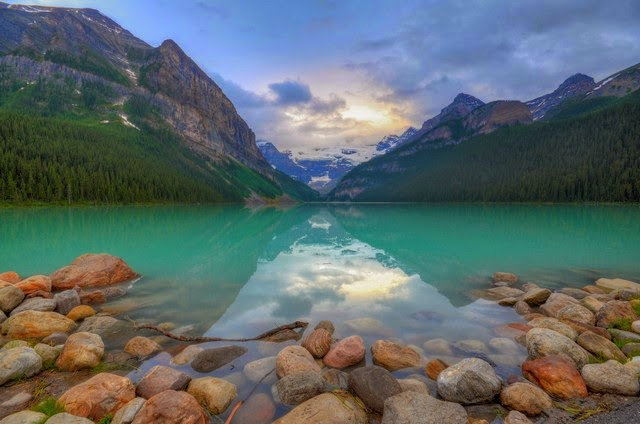 66. Banff National Park (Calgary, Canada)