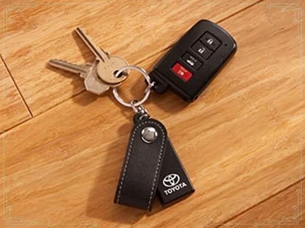 2016 Toyota Tundra Key Fob