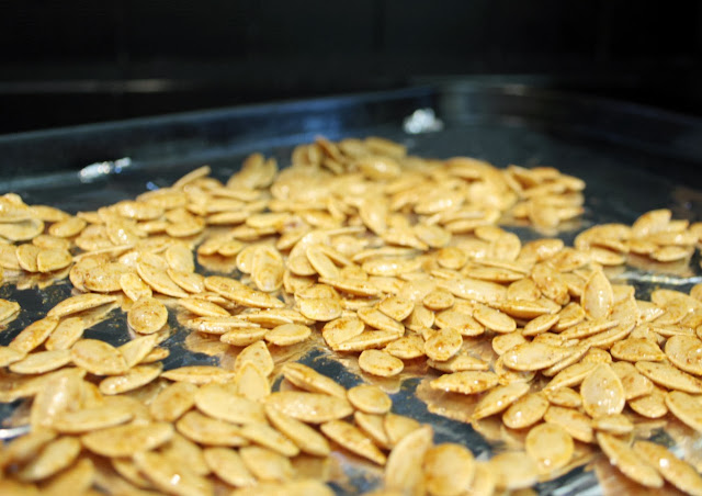Don't throw away those pumpkin seeds when you're baking or carving a Halloween pumpkin!  Use my recipe for salted chilli pumpkin seeds for a healthy and nutritious snack!