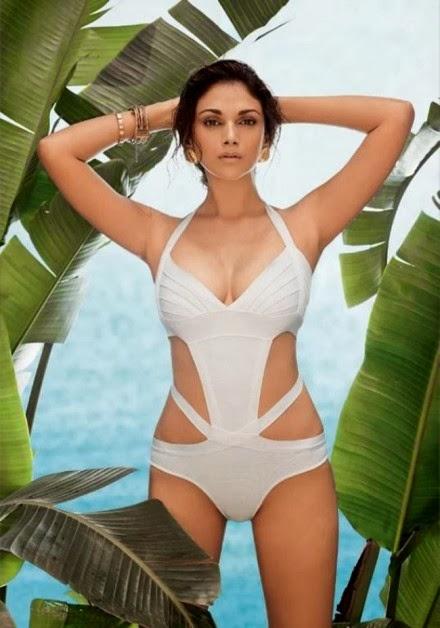 Aditi Rao Hydari in white bra ass skirt panty dress malfunction pics HD free