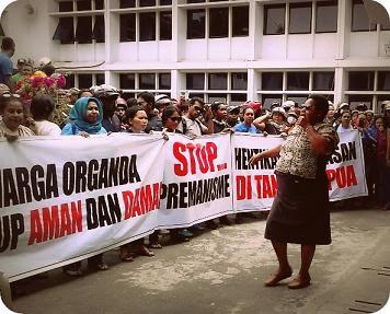 Warga BTN Organda Berdemo Damai di DPRP