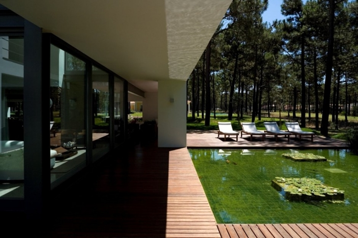 Terrace of Modern lake house by Frederico Valsassina Architects