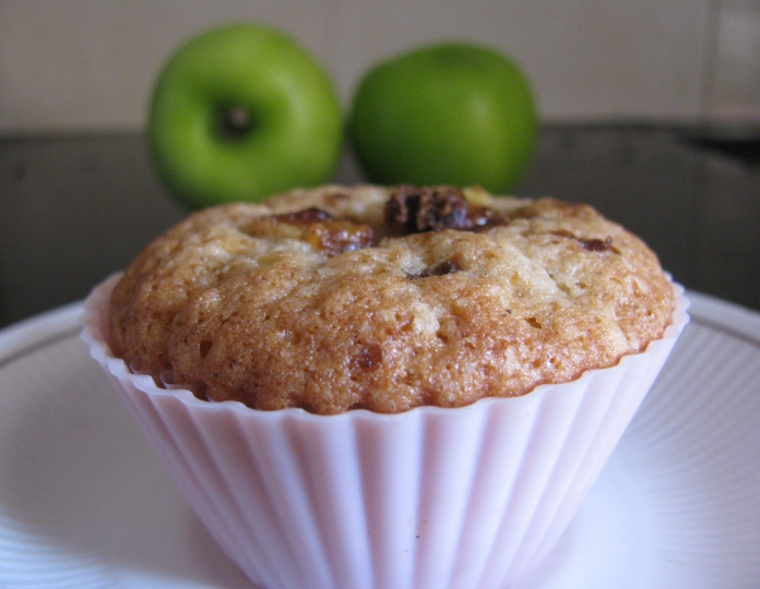 Foodie by chance !: Apple Cinnamon Muffins