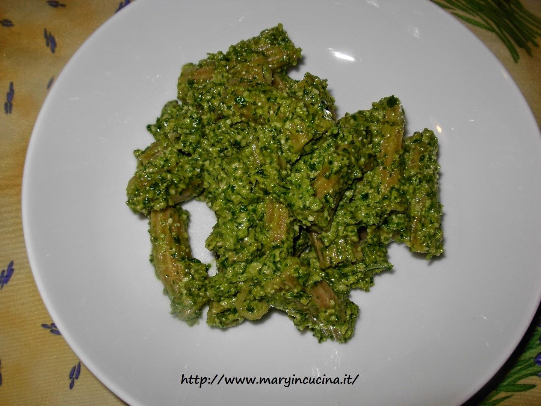 pasta con pesto vegan
