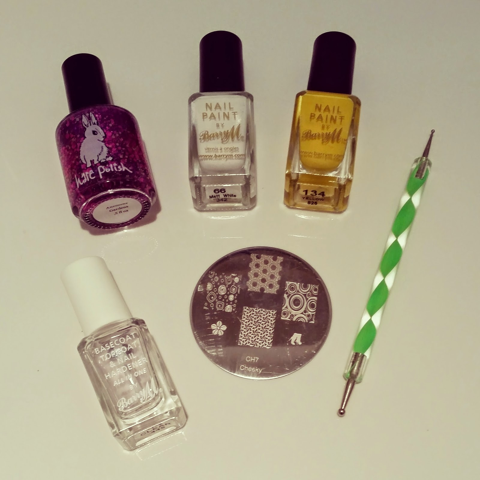 hare-polish-cheeky-stamping-nails